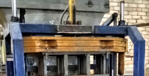 Сварочный ремонт рамы станка для производства бордюра в Култаево.